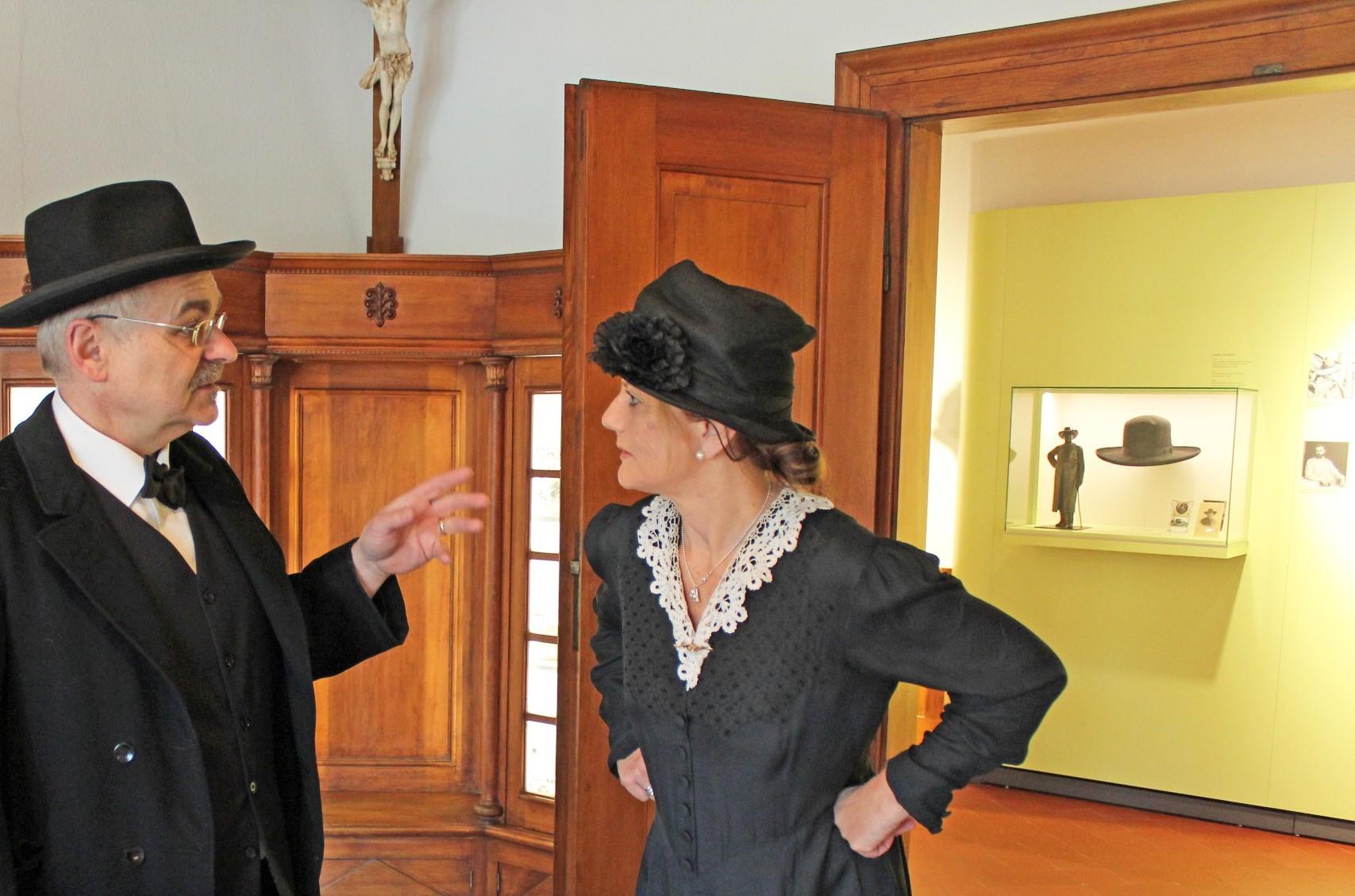 Phillipine Hansjakob mit Hansjakobs Freund Engelberg