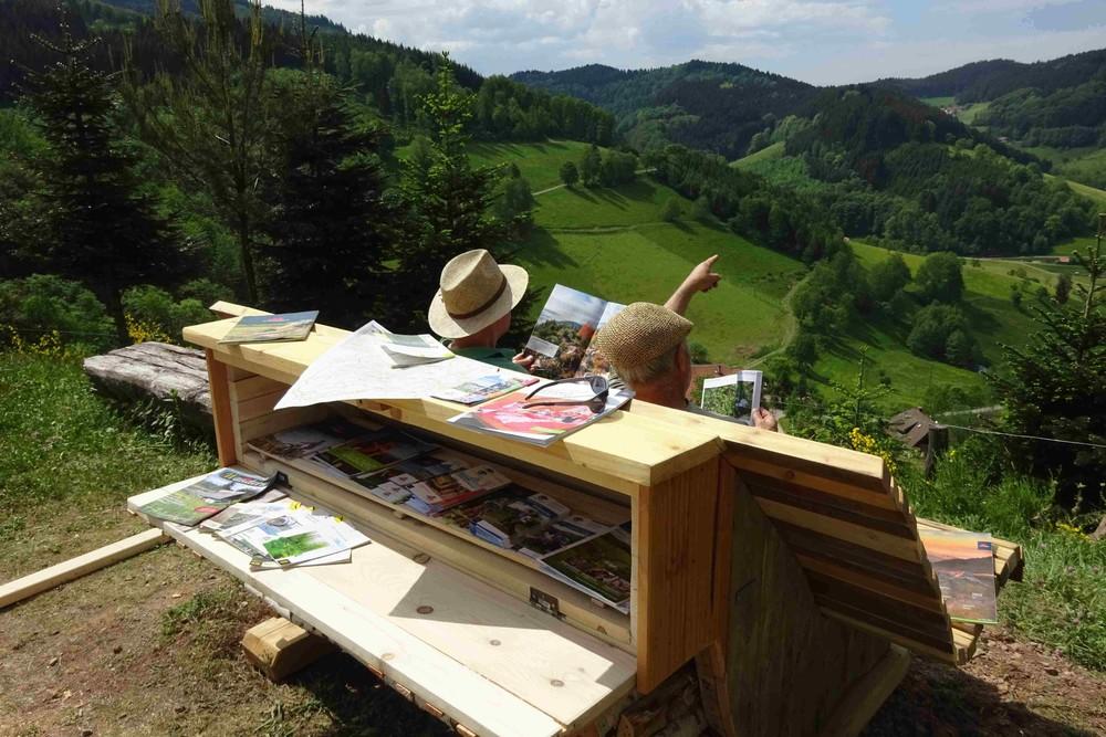 Ruhebank am Hausacher Bergsteig