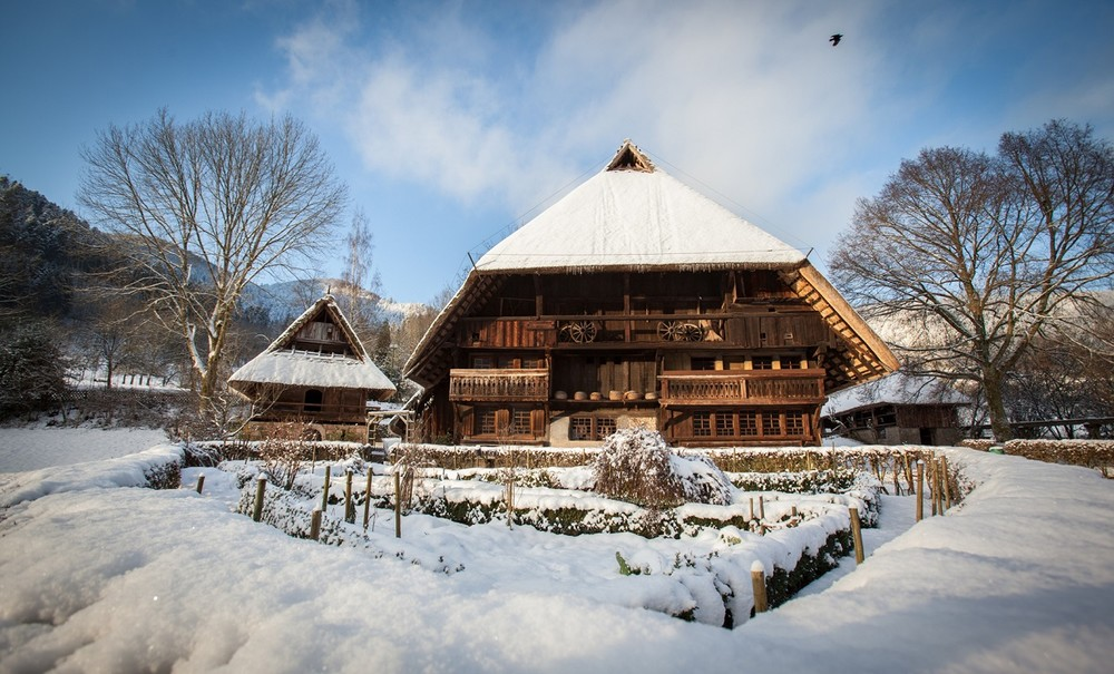 Schwarzwälder Freilichtmuseum Vogtsbauernhof im Schnee