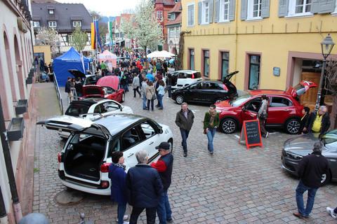 Autoschau beim Frühlingsfest