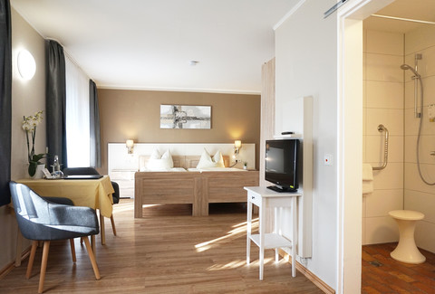 Pflegezimmer, Kurgartenhotel Wolfach