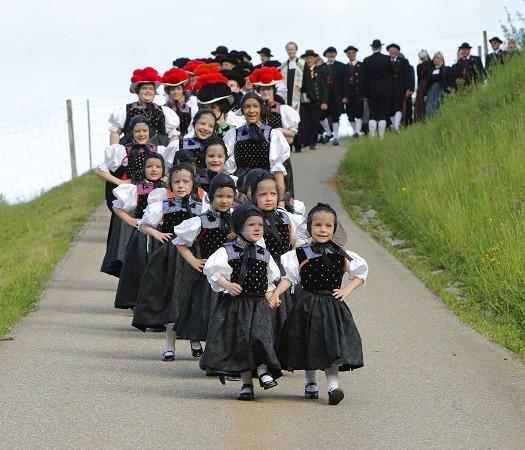 Trachtenkonfirmation in Kirnbach bei Wolfach, Kinzigtal, Schwarzwald