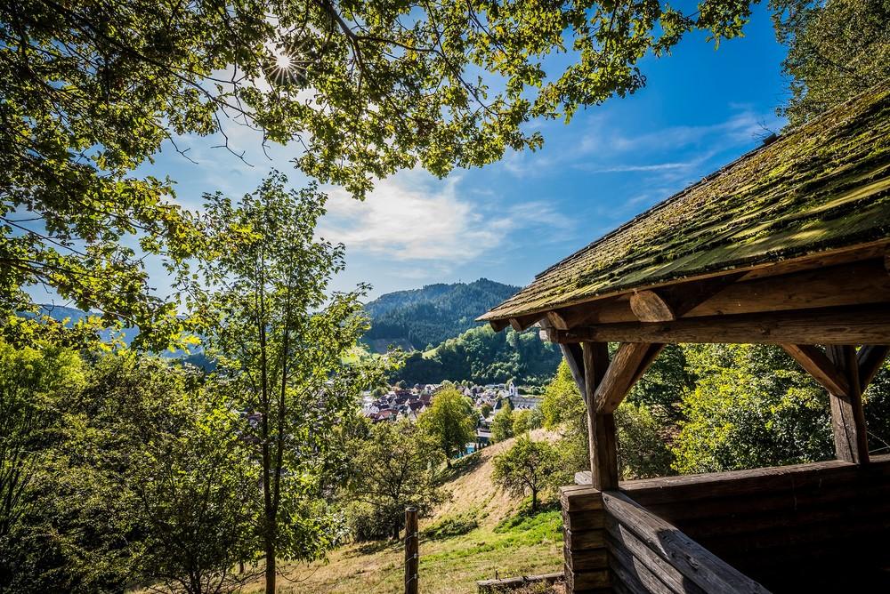 Ausblick vom Pavillon in Wolfach im Kinzigtal Schwarzwald
